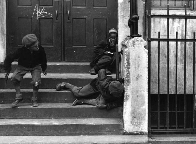helen_levitt_new_york_1938