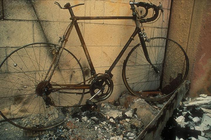 Montich_Burnt_Bike