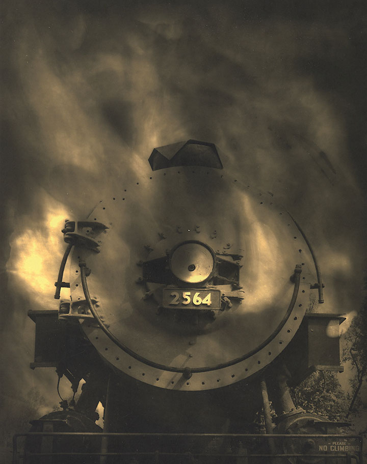 Ted_Nichols_duotone-train
