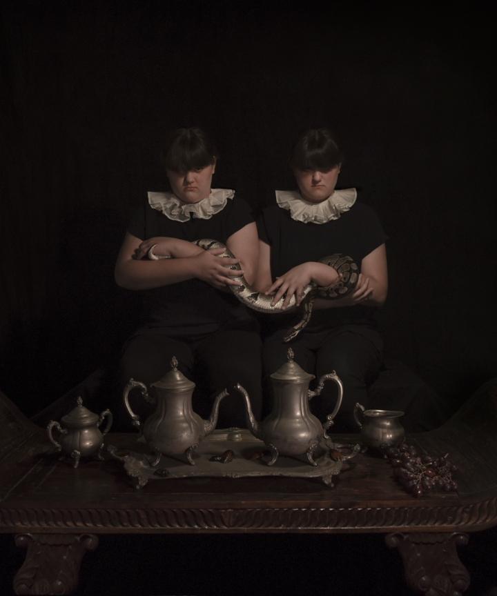 09-The Twins.jpg