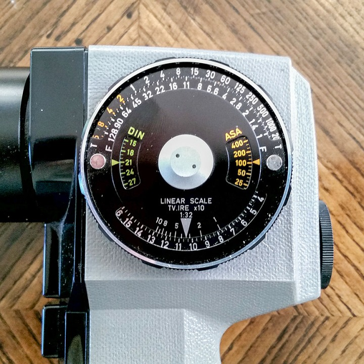 Pentax_Spotmeter_V_exposure_dial